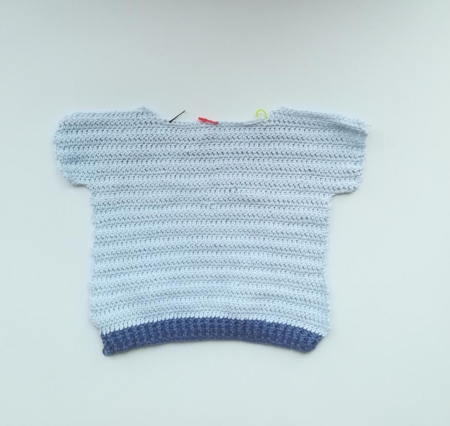 Jersey de bebe de talla de 6 a 9 meses de ganchillo
